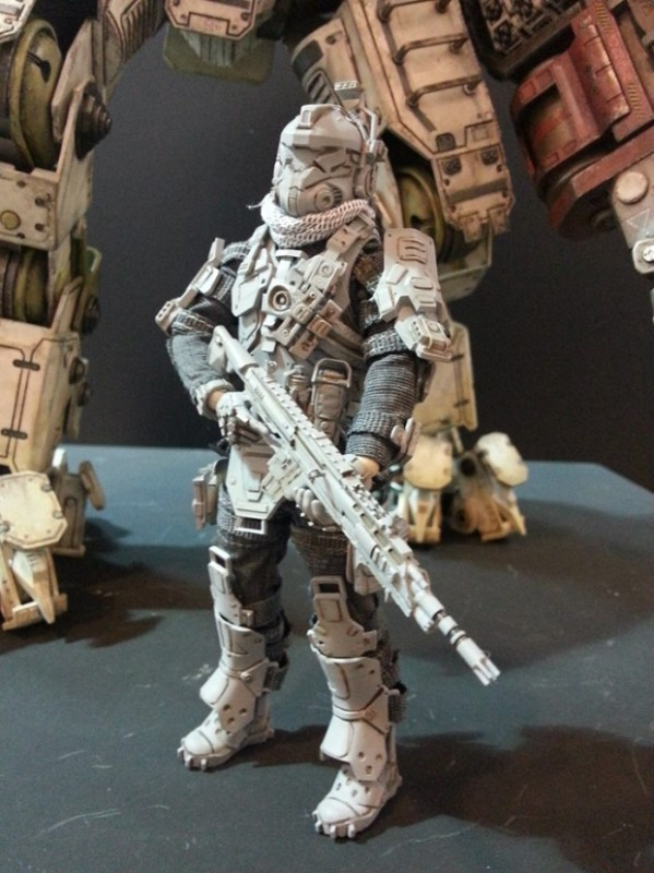 ThreeZero-Titanfall-Atlas-at-Thailand-Toy-Expo-002
