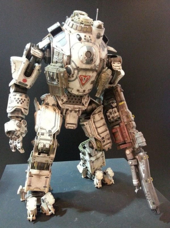 ThreeZero-Titanfall-Atlas-at-Thailand-Toy-Expo-004