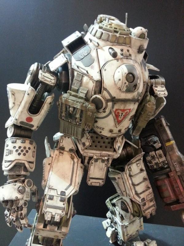ThreeZero-Titanfall-Atlas-at-Thailand-Toy-Expo-005