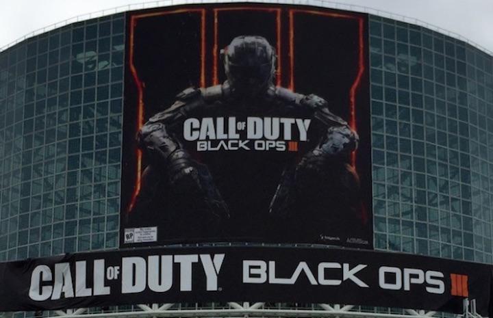 CoD:BO3:E3会場に恒例の巨大垂れ幕出現、先行配信権はなし?