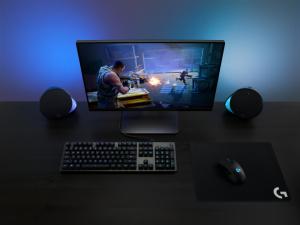 Logicool新製品: 光の演出でゲームの臨場感を高めるゲーミングスピーカー「G560」発表